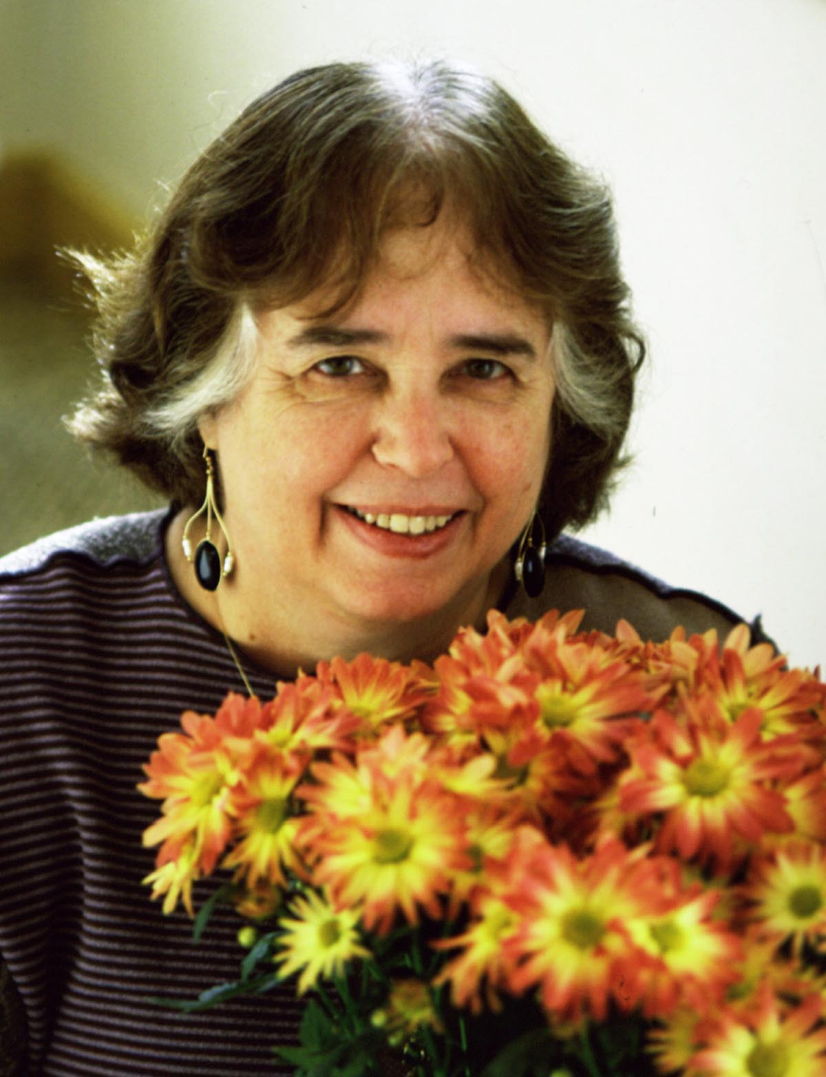 jane yolen Jane yolen, born in 1939, was raised mainly in new york city she is a first generation american her father immigrated to the us from the ukraine when he was only.